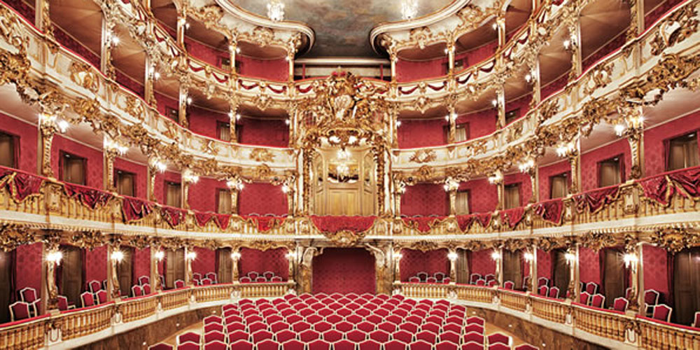 Munich Opera House 1000 x 500